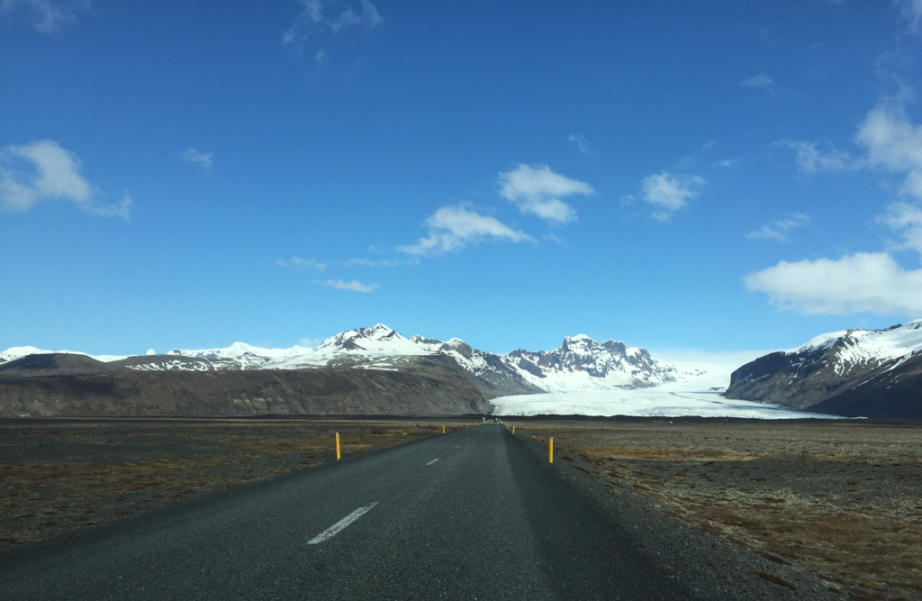 The glacier Skaftafellsjökull seen from the Ring Road